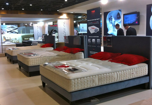 salon du meuble de paris web matelas. Black Bedroom Furniture Sets. Home Design Ideas