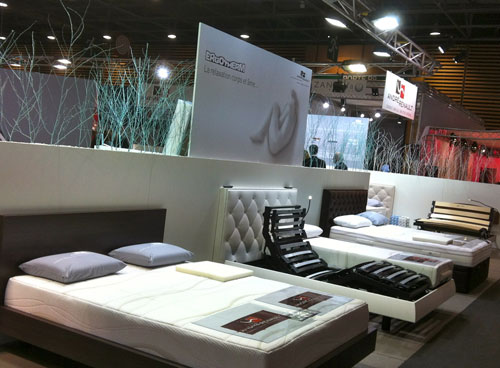 Secteur literie au salon du meuble paris 2012 web matelas for Le salon du meuble paris