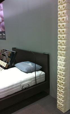 secteur literie au salon du meuble paris 2012 web matelas. Black Bedroom Furniture Sets. Home Design Ideas