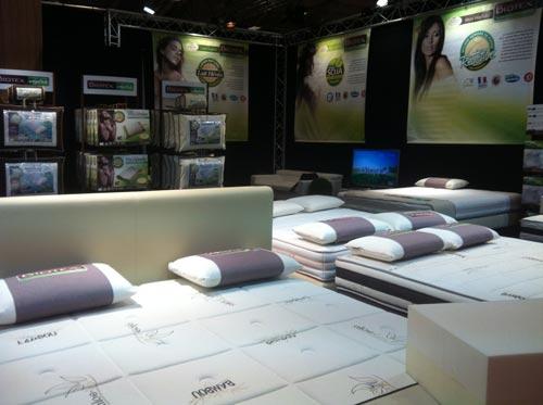 Salon du meuble de paris 2012 web matelas for Meuble ambia